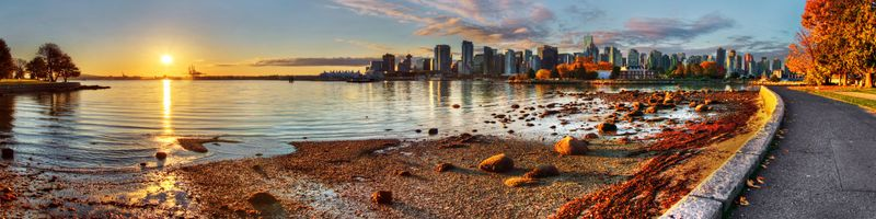 Vancouver downtime sunrise panorama