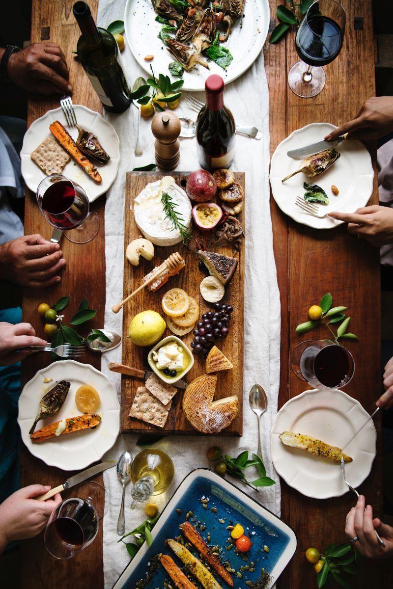 bread cheese platter wine tasting canada