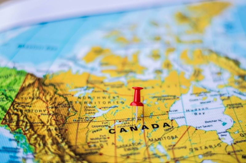 Canada map with red map pin | immigrate to Canada