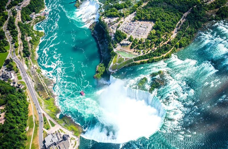 Learn how to immigrate to canada as a chef and visit Niagara Falls.